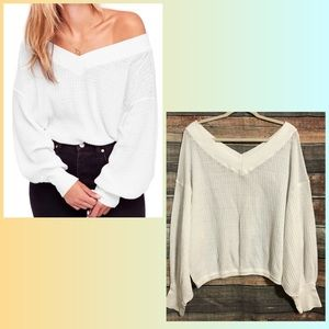 Free People We The Free Medium White V Neck Back South Side Oversized Knit Top
